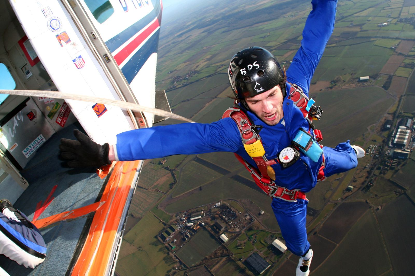 skydiving solo